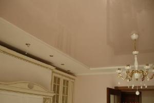 Фото Потолок натяжной лаковый