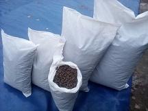 Органическое гранулированное удобрение из куриного помета