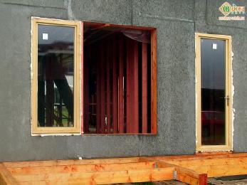 Деревянные окна для дачи со стеклопакетом