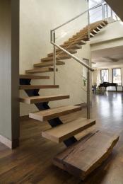 Лестница на 2й этаж. Дешевле, чем у конкурентов!