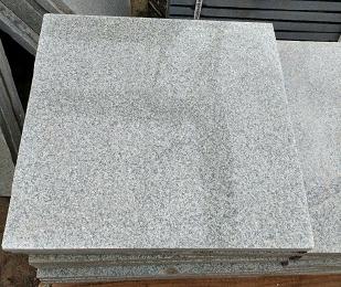 Гранитная плитка белла вайт 600*600*20мм- 1850 руб. м2 полировка