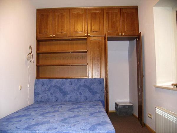 Шкафы фото для маленькой спальни