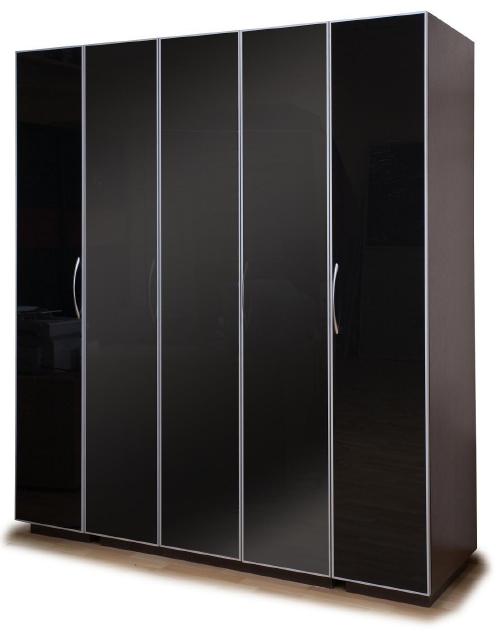 Шкафы с распашными дверями фото